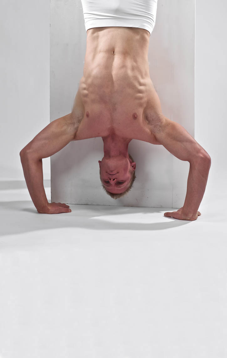 Hand-Stand Push Up - Wall Assisted